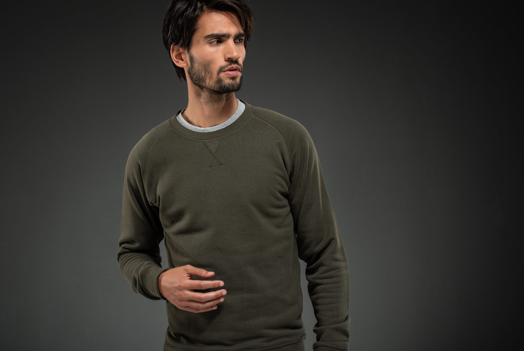 Get comfy and get yourself a long warm Girav men's sweater!